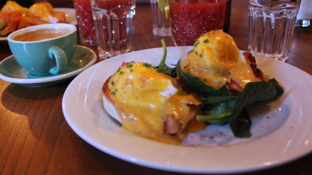 greasy-spoon-stockholm-benedict