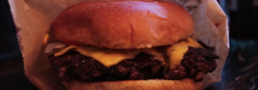 barrells-stockholm-cheesburger